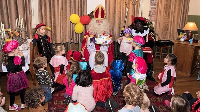 Kinderen in het Huis van Sinterklaas in Waalwijk in 2017. (foto: Huis van Sinterklaas)