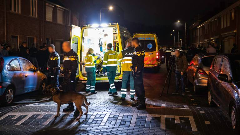 Vanwege de grimmige sfeer werd de politie gewaarschuwd. (Foto: Jack Brekelmans)