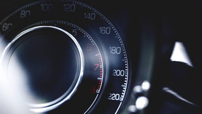 De wegpiraat reed 140 per uur (archieffoto).
