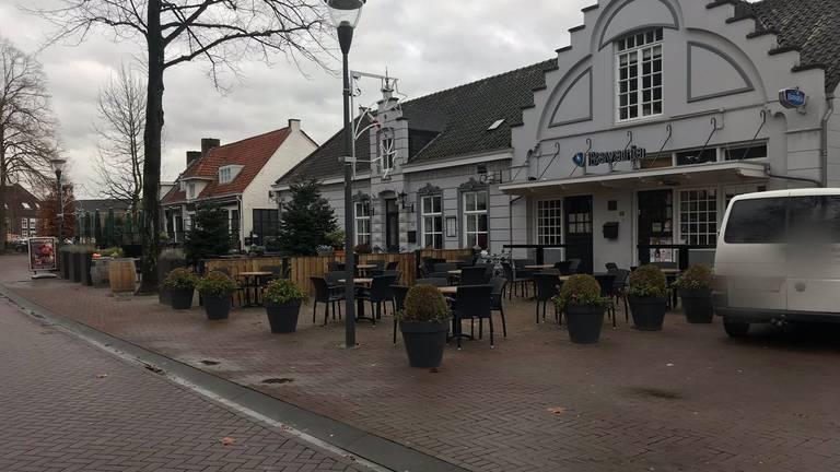 Het bewuste Café Van Gogh (foto: Daisy Schalkens).