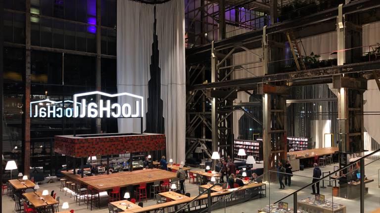De LocHal in Tilburg heeft niet de prijs voor de beste bibliotheek van de wereld gewonnen.