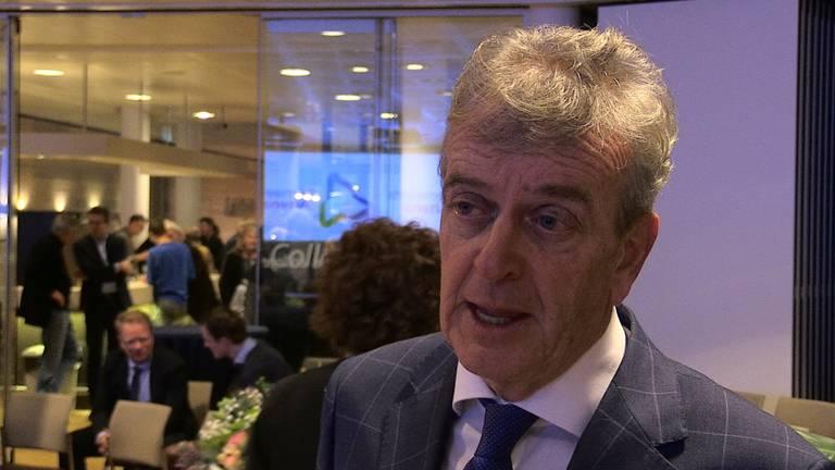 Oud-burgemeester Fons Naterop.