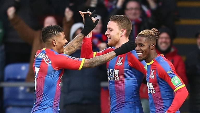 Patrick van Aanholt penalty with out penalties: Crystal Palace throws Spurs out of the FA Cup