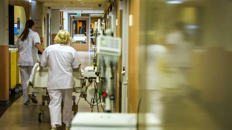 Verwacht wordt dat de helft van het ziekenhuispersoneel het werk neerleggen op 20 november. (foto: Amphia)