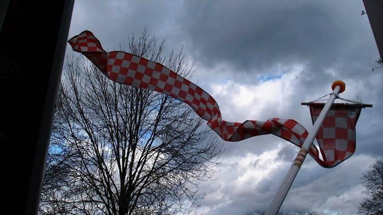 Er worden zware windstoten verwacht (archieffoto: Christ Sars).