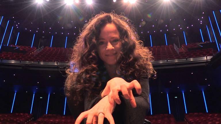 """Musicalster Marjolein Teepen uit Deurne haalt herinneringen op aan CATS: """"Ik wérd een kat!"""""""