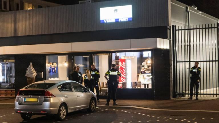 Jongens overvallen snackbar in Tilburg (foto: Jack Brekelmans)