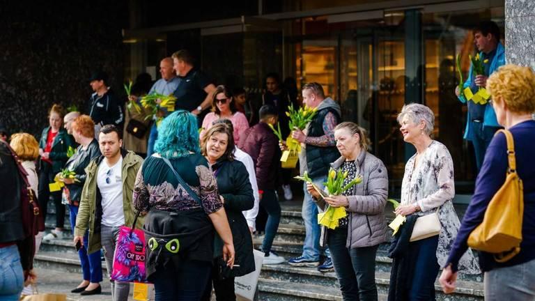 'Dwaze Zaterdag', afgelopen zaterdag bij de Bijenkorf in Rotterdam. (foto: Marco de Swart)
