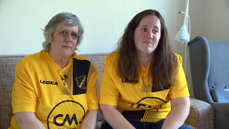 Teleurstelling bij NAC-fans Bea en Sandra. (Foto: Omroep Brabant)