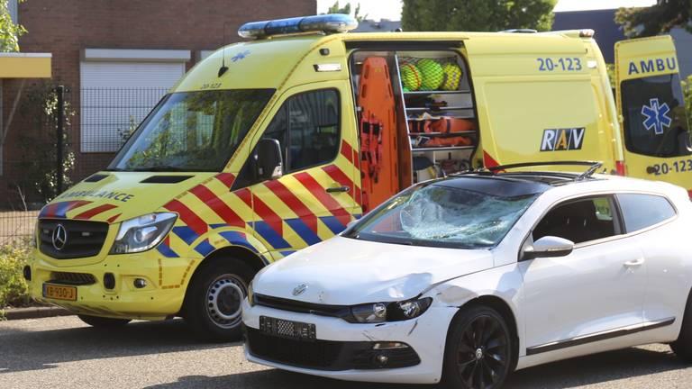 Een vrouw overleefde het ongeval niet. (Foto: Alexander Vingerhoeds)