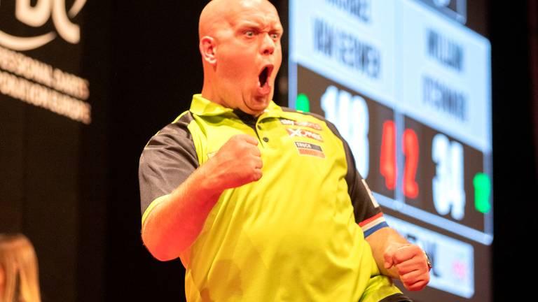 Michael van Gerwen heeft weer eens een tegenstander gesloopt (foto: PDC).