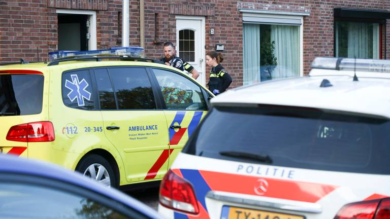 De politie werd rond kwart over acht gewaarschuwd. (Foto: Marcel van Dorst/SQ Vision)
