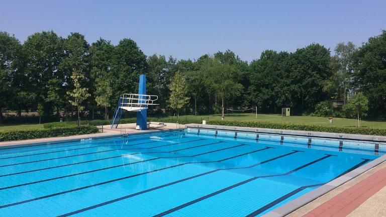 Zwembad Zidewinde in Sprang-Capelle ( foto gemeente Waalwijk)
