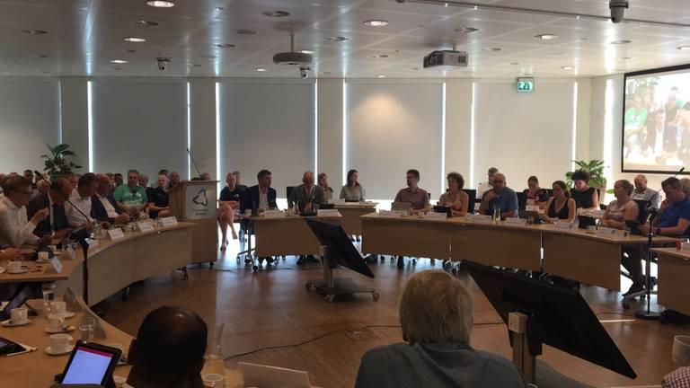 De gemeenteraad heeft voor RTV Altena gekozen.