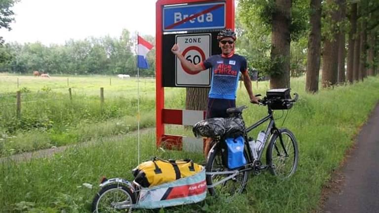 Johan Koenders bij het vertrek naar Frankrijk