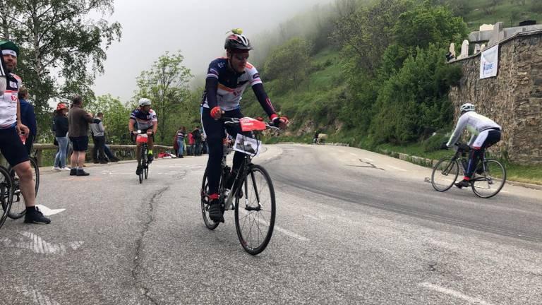 Fietsers in actie op de Alpe d'Huez. Foto: Omroep Brabant