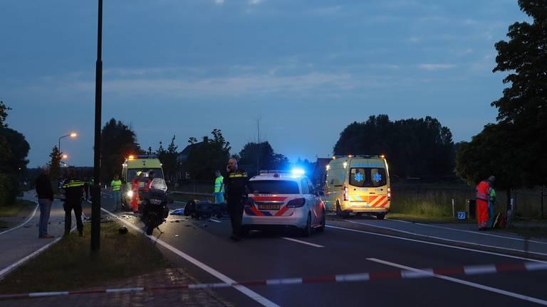 De weg was enige tijd afgesloten (foto: Sander van Gils/SQ Vision Mediaprodukties)