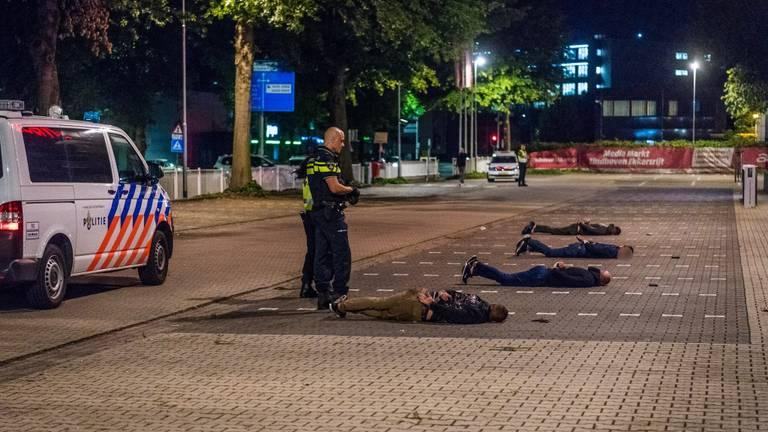 De mannen zijn opgepakt (foto: Sem van Rijssel/SQ Vision Mediaprodukties).