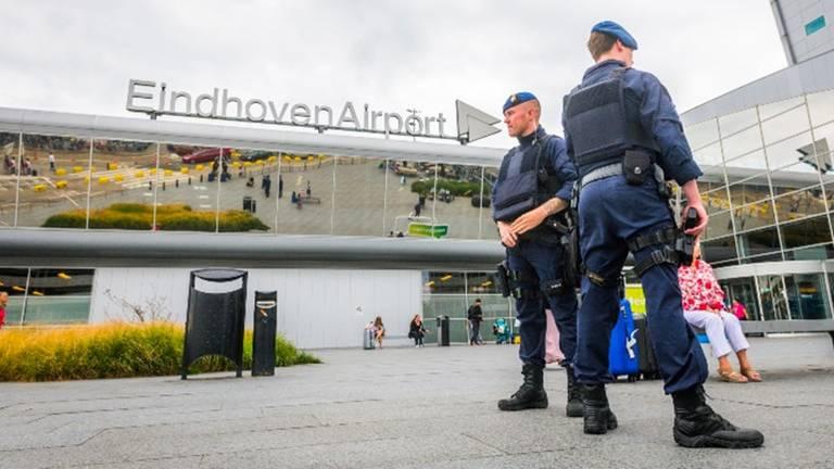 Afsluiting Eindhoven Airport zondag bleek voor niets (Foto: Sem van Rijssel, SQ Vision).