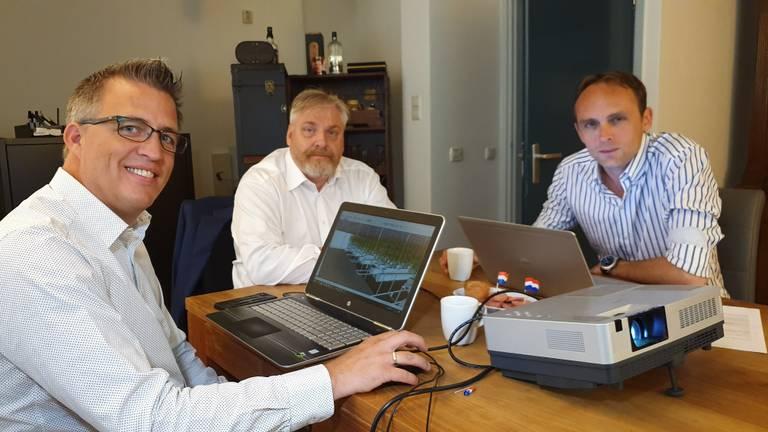 Pascal van Oers, Peter Schouten en Ronald Roothans willen een bankrekening voor Project C (foto: Collin Beijk).