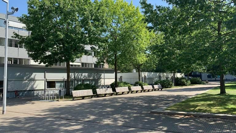 De zogeheten Prisma Building op de Tilburgse universiteitscampus waar studenten gaan wonen (foto: Camelot Beheer).