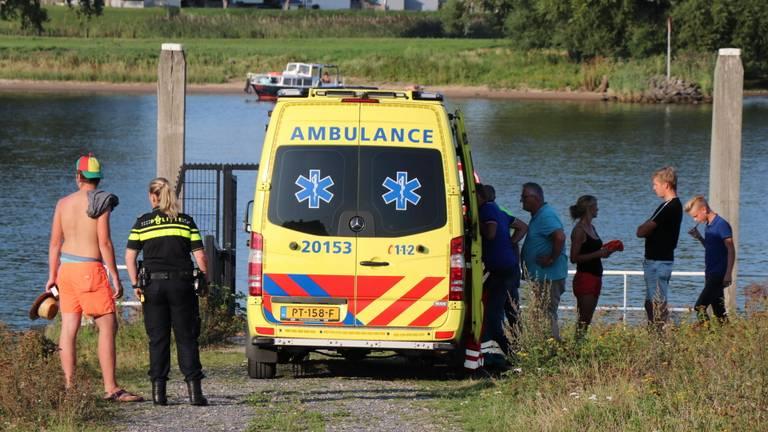 Een waterskiër raakte gewond. (Foto: SQ Vision)