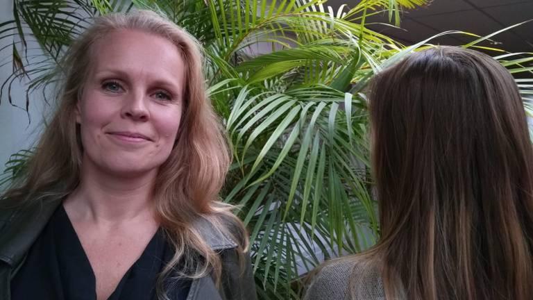 Monique de Boer en Linda (Foto: Jessica Voets).