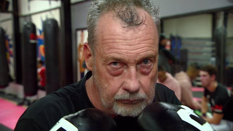 William (58) staat na twintig jaar weer in de ring.