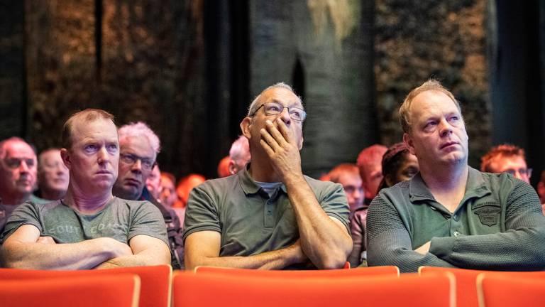 Boeren bij het stikstofdebat in het provinciehuis in Den Bosch. (Foto: ANP)