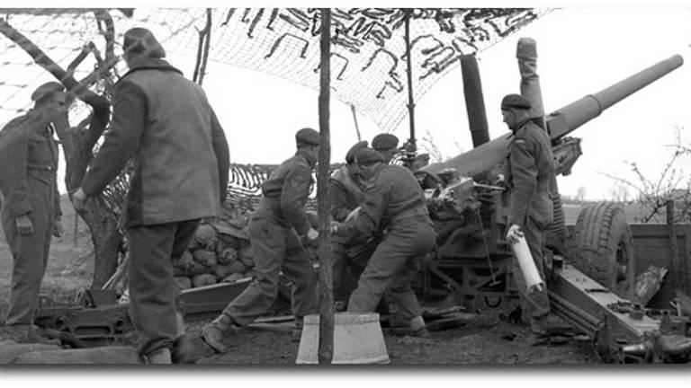 Geallieerde artillerie in Brabant bij de bevrijding