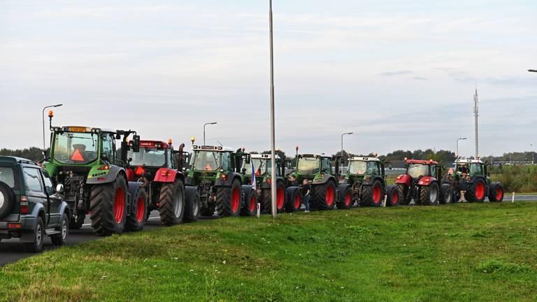 Boeren gingen bij Ulvenhout massaal de snelweg op. (Foto: Tom van der Put / SQ Vision)