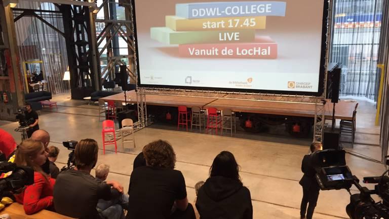 Het DDWL-college in de LocHal.
