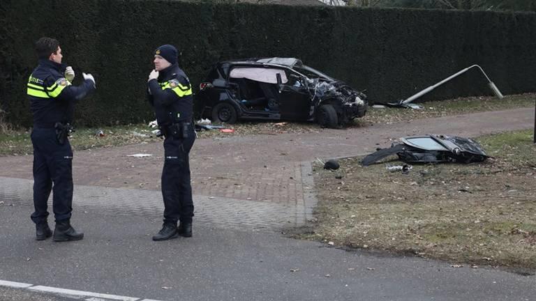 Het ongeluk gebeurde begin maart 2018 bij een rotonde in Geffen. (Foto: Gabor Heeres/SQ Vision)