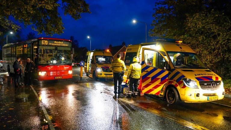 De voetganger raakte zwaargewond. (Foto: Marcel van Dorst/SQ Vision)