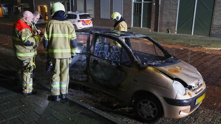 De eigenaar van deze auto had minder geluk. (Foto: SQ Vision Mediaprodukties)