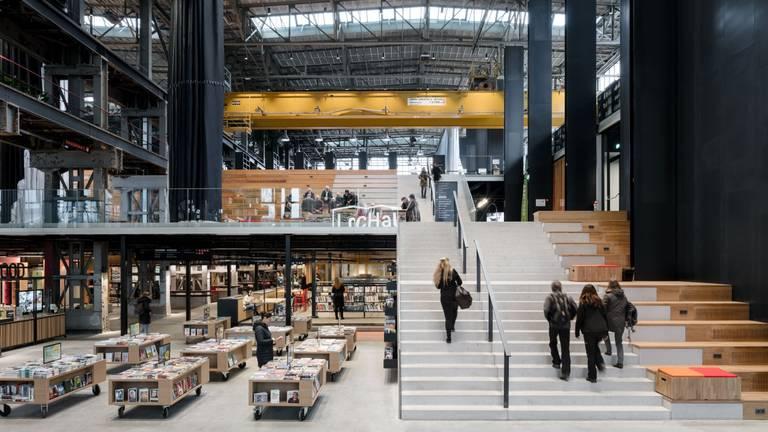 De Tilburgse LocHal werd vrijdag bekroond tot beste gebouw van de wereld. (Foto: Stijn Bollaert)