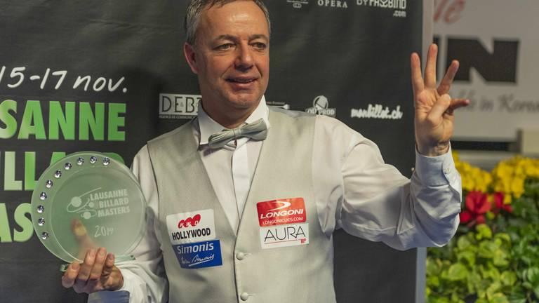 Dick Jaspers wint prijs tijdens driebanden ( Foto: Hollandse Hoogte)