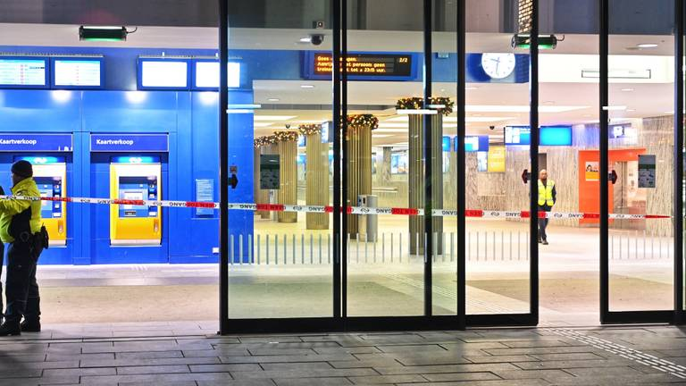 Een deel van het station is ontruimd. (Foto: SQ Vision)