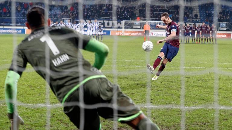 Freek Heerkens miste de eerste strafschop van Willem II. (Foto: Hollandse Hoogte)