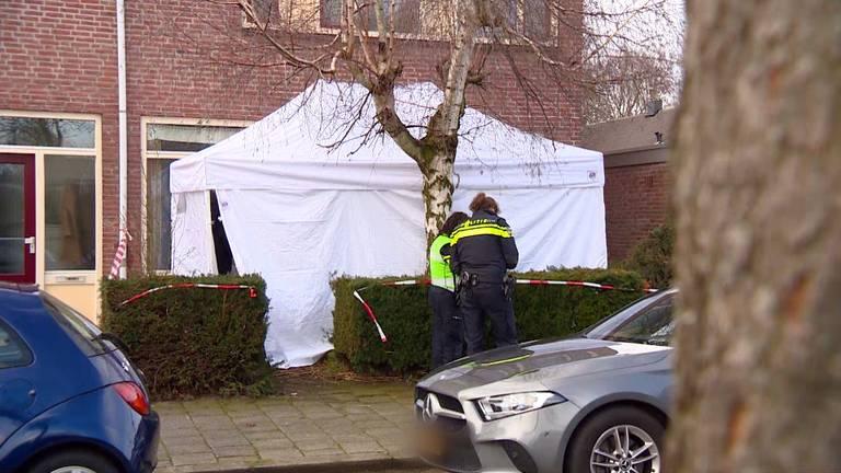Onderzoek bij de woning in Eindhoven.