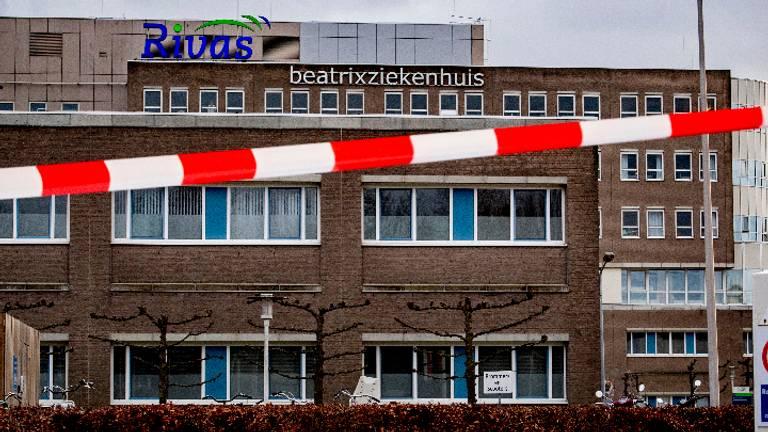 Het Beatrixziekenhuis is afgesloten (Foto: ANP).