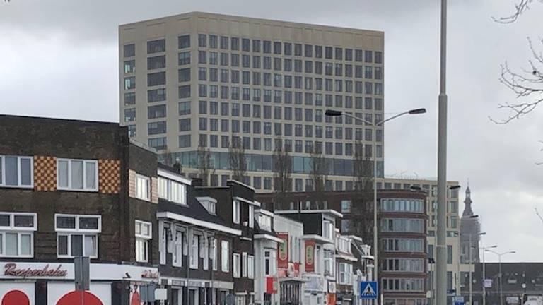 Rechtbank Zeeland-West-Brabant vanuit de wijk De Belcrum (Foto: Willem-Jan Joachems)