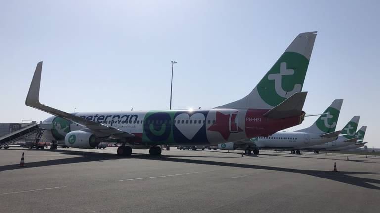 Een toestel van Transavia op Eindhoven Airport. Foto: Jos Verkuijlen