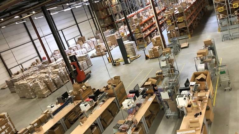 Het magazijn van spellendistributeur Asmodee in Helmond (Foto: Asmodee)