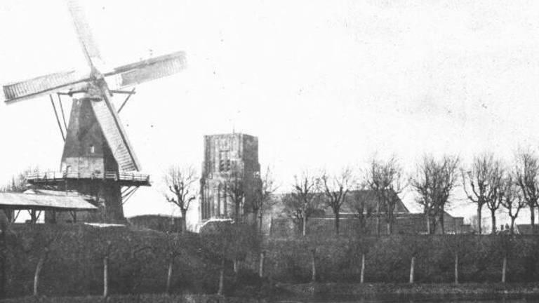 Vooroorlogse 'skyline' van Woudrichem (foto: Streekarchief Land van Heusden en Altena)