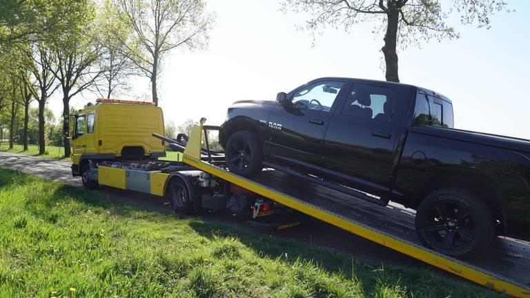 Eén van de in beslag genomen auto's. (Foto: WdG/SQ Vision)