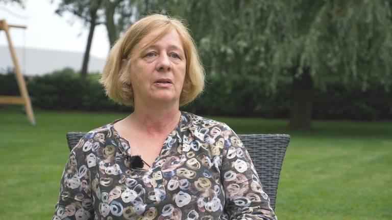 Annette Koks verloor haar moeder door het coronavirus.