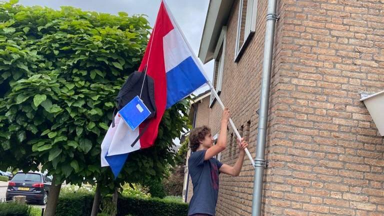 De vlag kan natuurlijk nu al uit. (eigen foto)