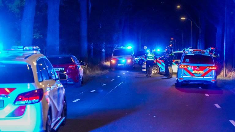 Politie zoekt naar de man (foto: Dave Hendriks/SQ Vision Mediaprodukties).