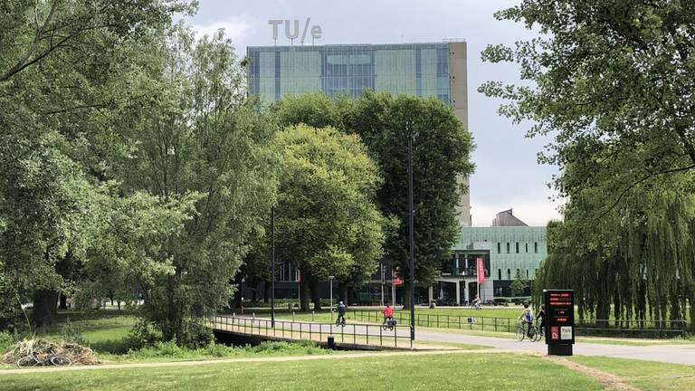 De Technische Universiteit in Eindhoven (foto: Hans Janssen).
